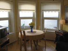 Alexandra House, Ventnor, Isle of Wight. Self catering apartment with spectacular sea views