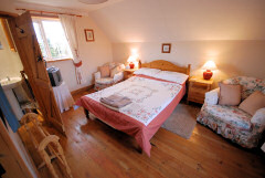 The Barn, Merstone, Isle of Wight. Self catering cottage in rural location