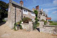 Appuldurcombe Holiday Cottages, Wroxall, Isle of Wight. Self catering cottages in the grounds of a 18th century manor house