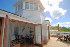 The Boathouse, Ventnor, Isle of Wight. Three luxury self catering properties overlooking the sea