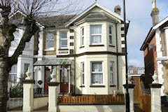 Inglewood Guest House, Sandown, Isle of Wight. Guest House in Sandown Isle of Wight