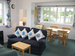 Tollgate Cottages, Freshwater, Isle of Wight. Bed and breakfast
