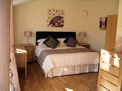 Woodpeckers, Shanklin, Isle of Wight. Bed & Breakfast Accommodation near  Shanklin Old Village